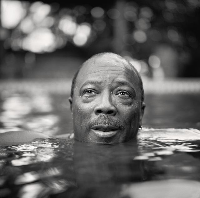 Martin Schoeller, 'Quincy Jones in his Pool', 2001, Photography, Archival Pigment Print, CAMERA WORK