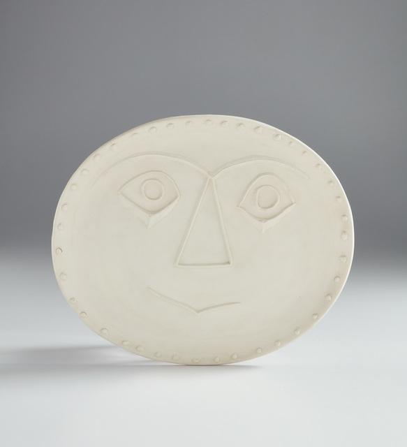 Pablo Picasso, 'Geometric face (Visage géométrique)', 1956, Design/Decorative Art, White earthenware oval dish., Phillips