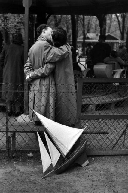 , 'Jardin du Luxembourg, les amoureux,' 1955, °CLAIR Galerie