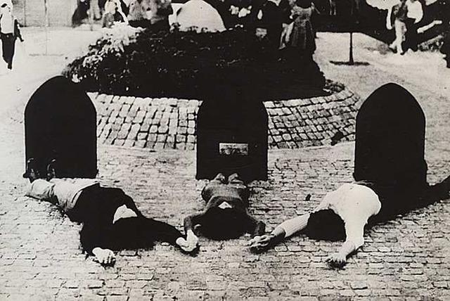 , 'Proyecto de monumento al prisionero político desaparecido,' 1972, Document Art
