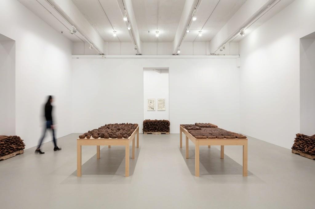 Installation view, 'Anna Maria Maiolino. ERRÂNCIA POÉTICA (POETIC WANDERINGS)', Hauser & Wirth New York, 22nd Street, 2018.  © Anna Maria Maiolino Courtesy the artist and Hauser & Wirth Photo: Timothy Doyon