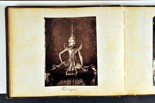 , 'Theatertypen [Types théâtraux],' 1861-1862, Musée national des arts asiatiques - Guimet