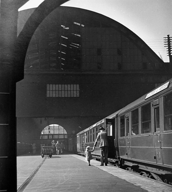 , 'Kings Cross Station, London,' 1941, The Photographers' Gallery