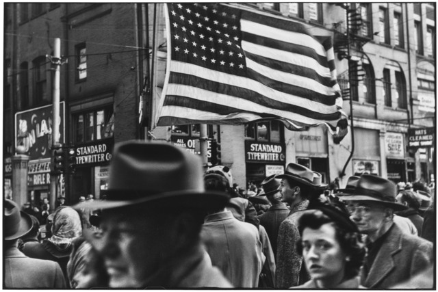 , 'Crowd at Armistice Day Parade. Pennsylvania, Pittsburgh. USA. ,' 1950, Magnum Photos