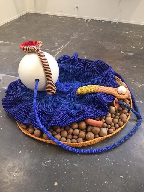 , 'Matando a fome,' 2016, Baró Galeria