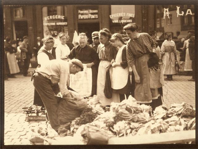 Léonard Misonne, 'At the Market', 1920s / 1930s, Contemporary Works/Vintage Works