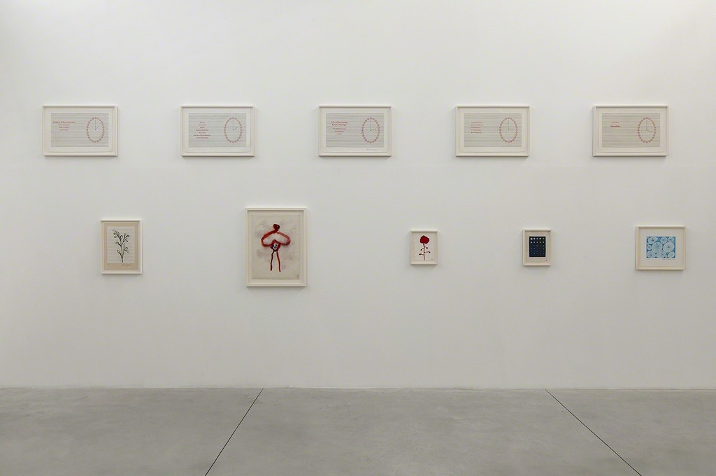 Installation view of Louise Bourgeois: Pink Days / Blue Days at Gordon Gallery in Tel Aviv (5Sept17-28Oct17). © The Easton Foundation, Licensed by VAGA, NY,  Photo: Elad Sarig