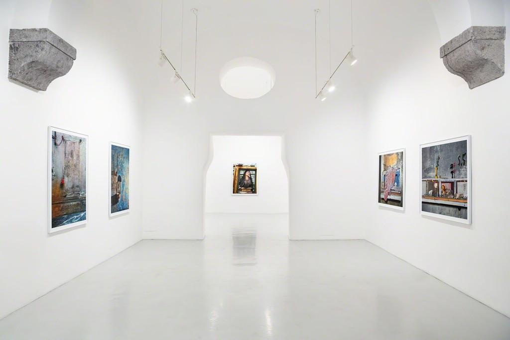 Robert Polidori, Devotion Abandoned, 2018, installation view, ph Danilo Donzelli