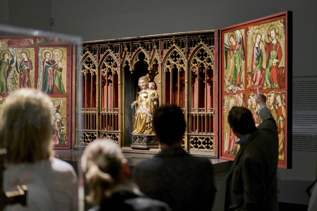 "Exhibition view ""Heaven on Display. The Altenberg Altar and Its Imagery"" Photo: Städel Museum (2016)"
