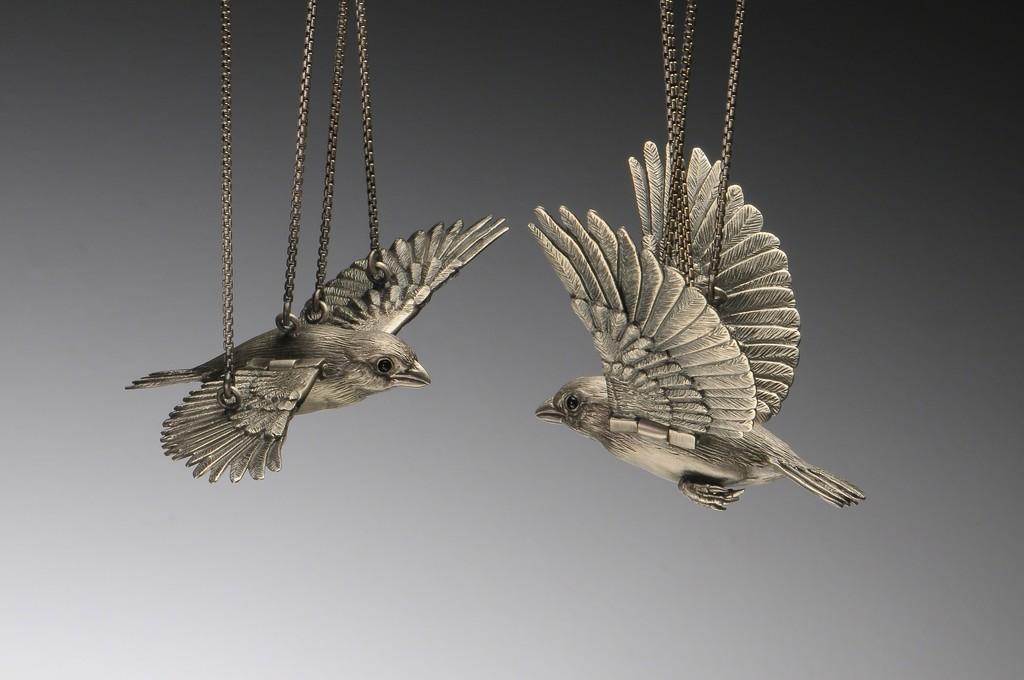 "Yuri Tozuka, ""Bird,"" 2017, necklace, sterling silver, fine silver, coral, onyx, 11""x 4 1/2""x 3/4"", Photo: Dean Powell"