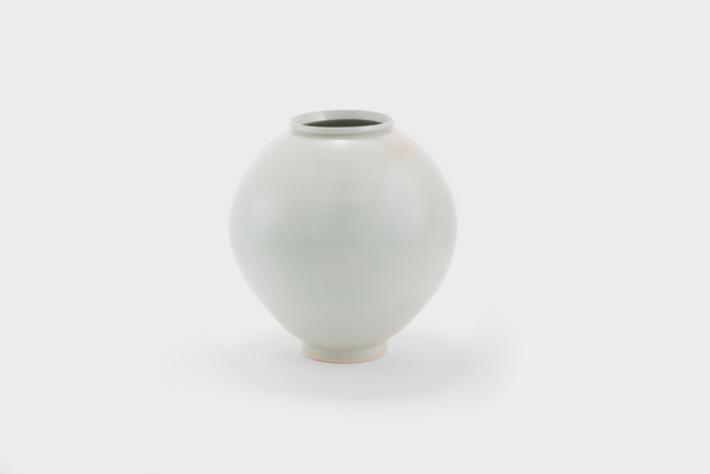 , 'White porcelain moon jar,' 2015, Gallery LVS