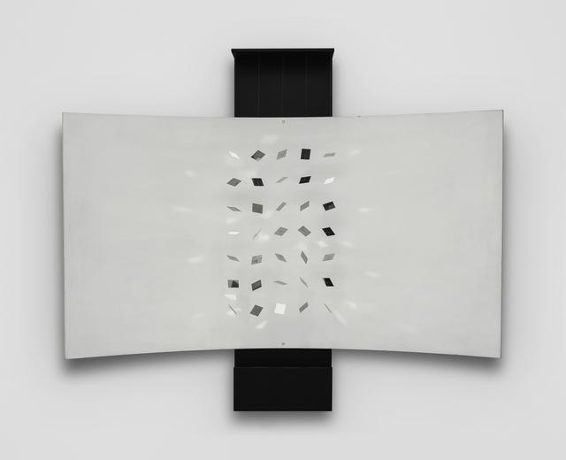 Julio Le Parc, 'Continuel-Lumiere Ecran Curve', 1960-1965, Sculpture, Wood, metal and light., Del Infinito
