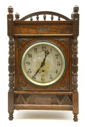 An Aesthetic walnut bracket clock