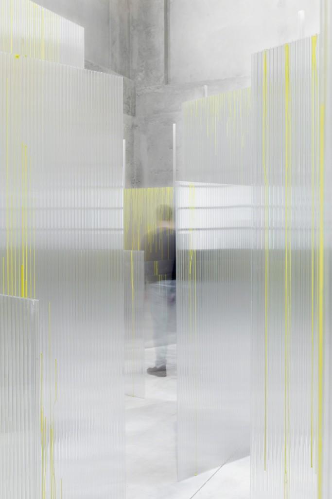 """""""SLIGHT AGITATION 1/4: Tobias Putrih"""" View of the exhibition. 20 October 2016 – 22 January 2017 Fondazione Prada, Milan. Tobias Putrih, Obfuscation, 2016. Foto Delfino Sisto Legnani e Marco Cappelletti Courtesy Fondazione Prada"""