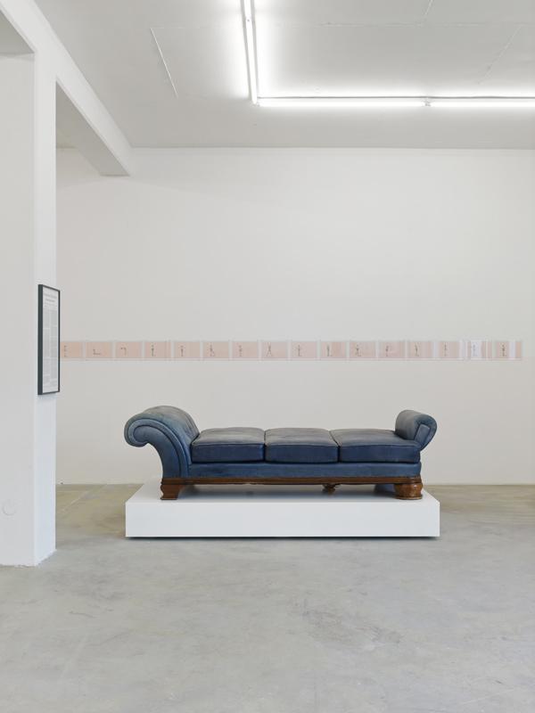 Flüchtig Hingemachte Männer, 2014, exhibition view at Klemm's, Berlin