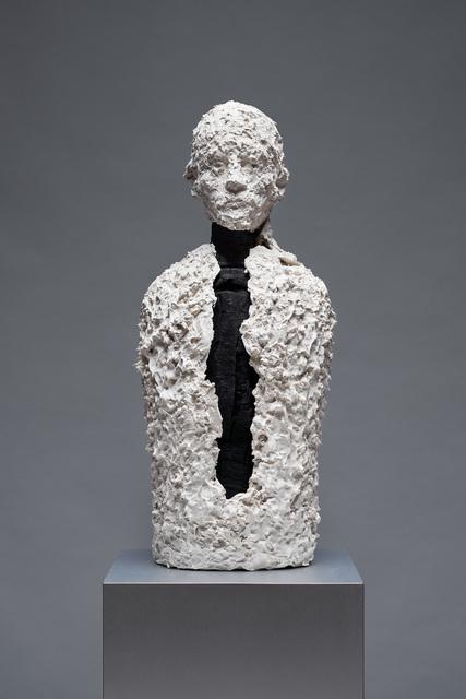 Aron Demetz, 'la camicia ', 2019, Galleria Doris Ghetta