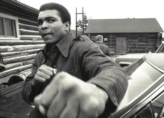 Chris Smith, 'Ali throws a punch', Alon Zakaim Fine Art