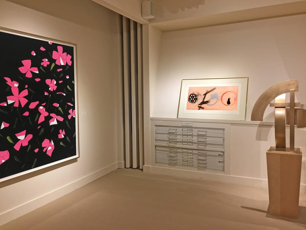 Alex Katz, White Impatiens. James Rosenquist, Pale Lamps.  Guy Dill, Azaz. installation at Meyerovich Gallery, San Francisco