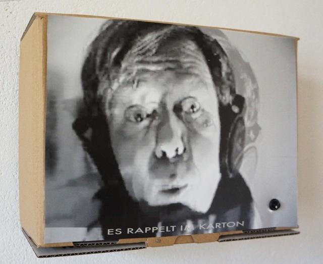 ", '""Es rappelt im Karton"",' 1992, Helga Maria Klosterfelde Edition"