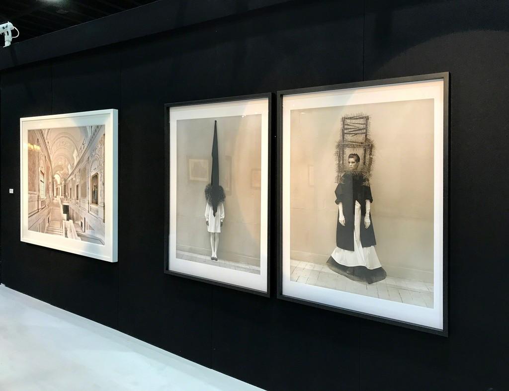 """Massimo Listri, """"Kunsthistorisches Museum I, Vienna"""" Albert Watson, """"Leslie Weiner, Yohji Yamamoto, London"""" Albert Watson, """"Leslie Weiner, Yohji Yamamoto, London"""""""