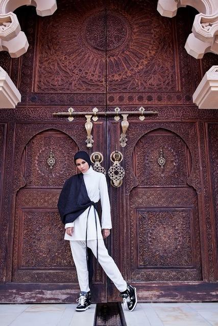 , 'Madeena, Putrajaya, Malaysia, from Modest Street Fashion vol. 1 2014,' 2014, de Young Museum