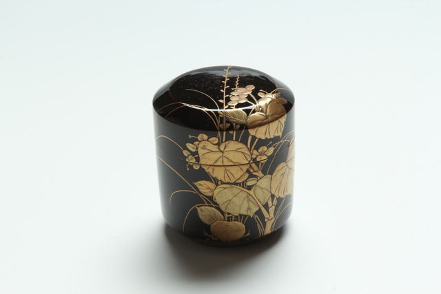 , 'Begonia and Jumpseed Tea Caddy (T-3950),' Meiji era (1868-1912) 19th century, Erik Thomsen