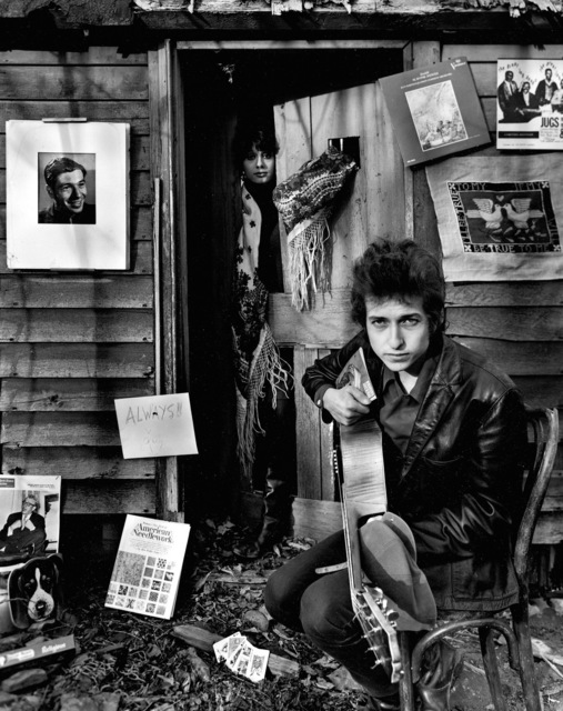 , 'Bob Dylan & Sara Dylan at Shack, Woodstock, NY,' 1965, TASCHEN
