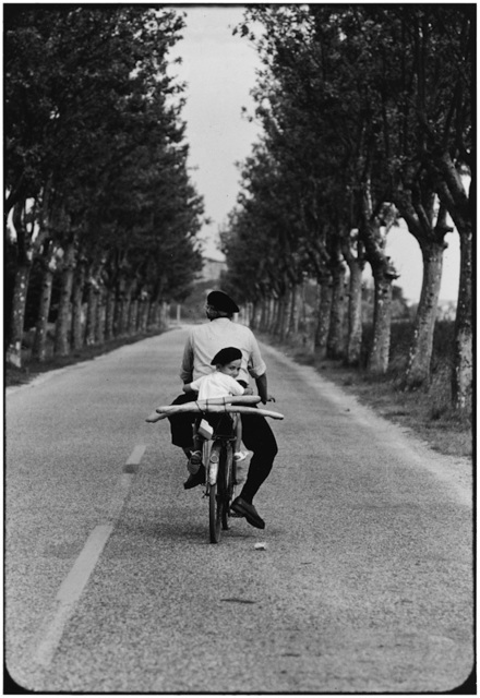 , '8. FRANCE. Provence. (Boy, bicycle & baguette),' 1955, f22 foto space