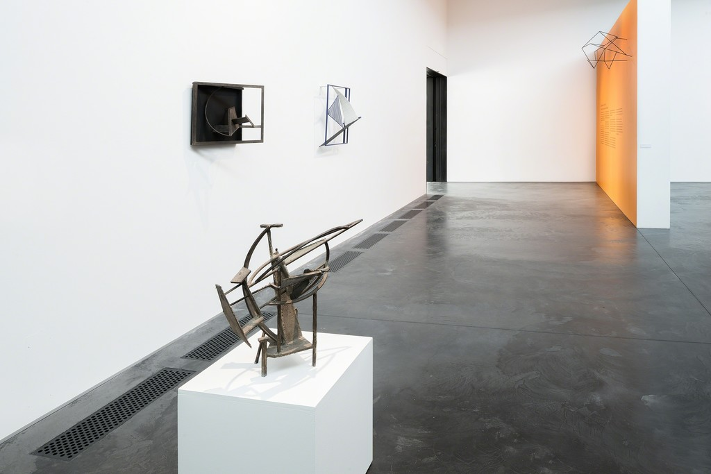 Installation view: Robert Jacobsen - Iron Man. Photo: Michael Møllegaard