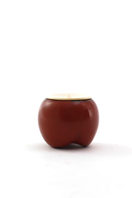 , 'Vermilion lacquer medicine-container shaped tea caddy, Negoro style,' 2017, Ippodo Gallery