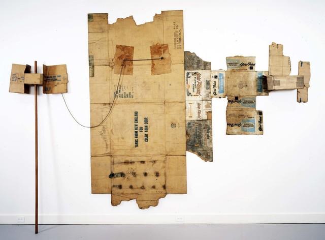 Robert Rauschenberg, 'Lake Placid / Glori-Fried / Yarns from New England (Cardboard)', 1971, Cardboard, rope, and wood pole, Robert Rauschenberg Foundation