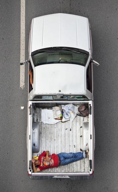 Alejandro Cartagena, 'Carpoolers #22', 2012, Patricia Conde Galería