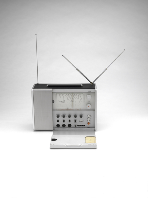 , 'Braun T 1000 radio,' 1963, San Francisco Museum of Modern Art (SFMOMA)