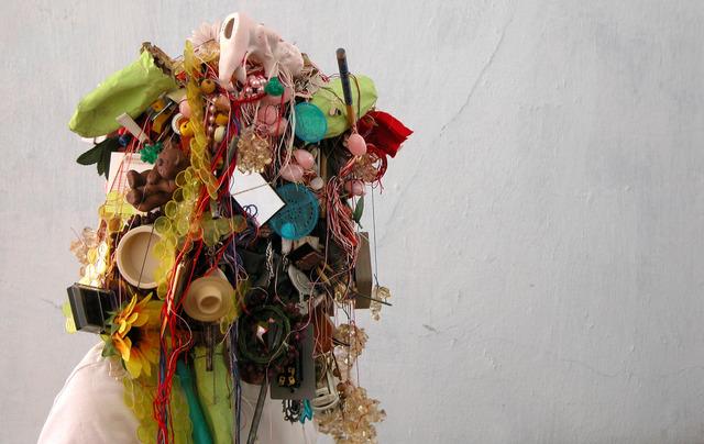 , '1273 petites choses qui ne servent plus,' 2010, Galerie Graff