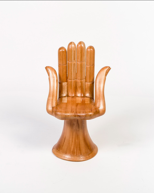 , 'Sillion de 6 dedos (Two Thumb Hand Chair) ,' 2015, M+B
