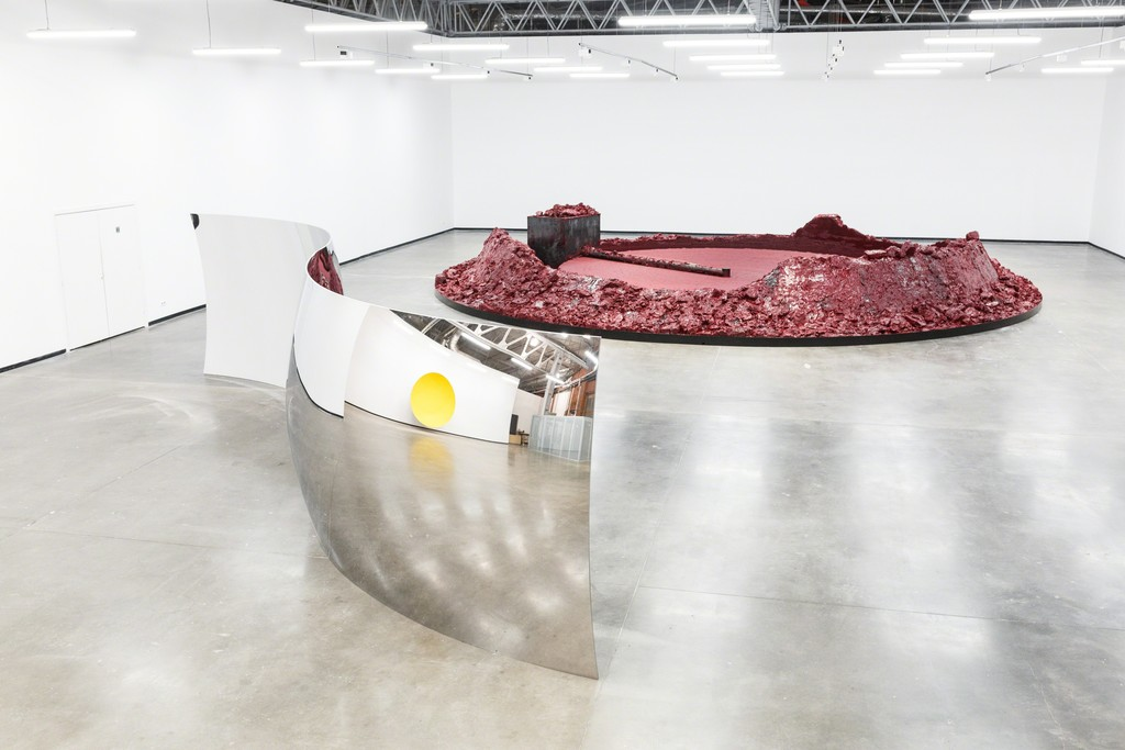 """My Red Homeland"" at The Jewish Museum & Tolerance Center. © Anish Kapoor."