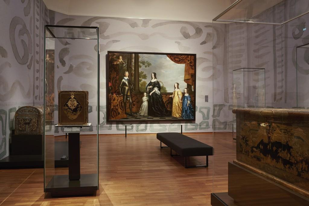 "Installation view, ""Asia > Amsterdam,"" Gallery 3. Rijksmuseum, Amsterdam (2015) Photo: Erik Smits"