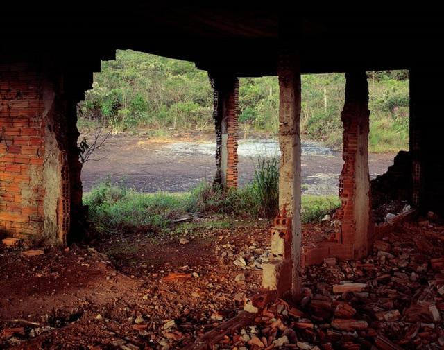 """, '""""Ruina"""",' 2012, Lemos de Sá Galeria"""