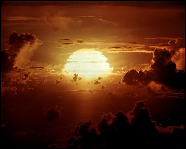 , '100 SUNS: 091 APACHE,' 2003, Hosfelt Gallery