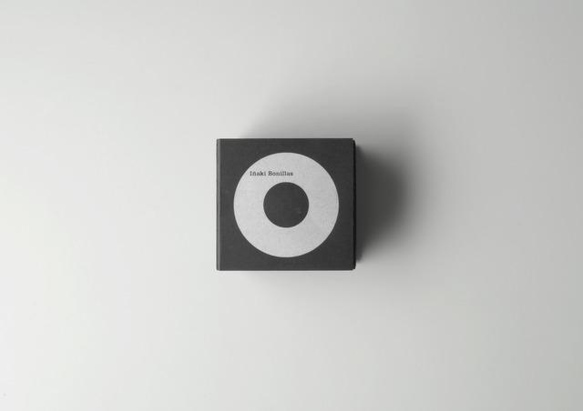 , '10 Cámaras documentadas acústicamente (10 Cameras Documented Acoustically),' 1998, ProjecteSD