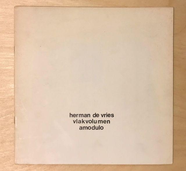 "herman de vries, 'Vlakvolumen, collection ""20 x 20"", nr. 14 ', 1971, Zucker Art Books"