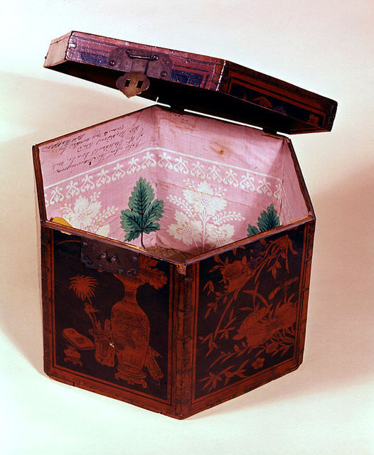, 'Tea Box with White House Wallpaper,' ca. 1809-1811, White House Historical Association