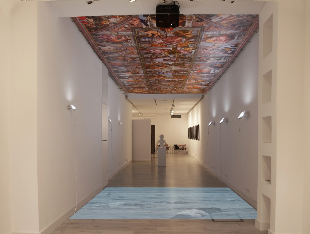 The Sistine Chapel 7.5 meters long by Lluís Barba, hung on the ceiling of the gallery