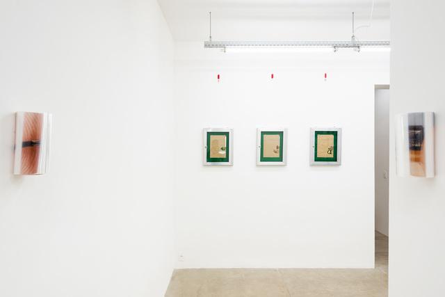 Pedro Victor Brandão, '15 Way Conector', 2019, Sculpture, Refractive pellicle, c-print and neodymium magnet, Portas Vilaseca Galeria
