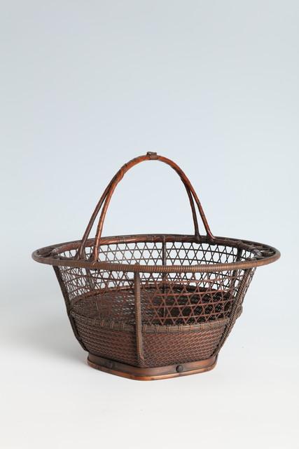 Maeda Chikubōsai I, 'Handled Free-Hanging Flower Basket in Ryū Rikyō Style (T-4208)', 1910-1919, Erik Thomsen
