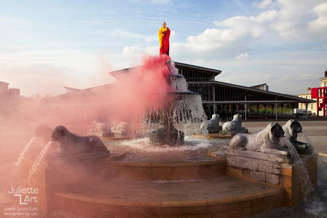 Li Wei 李日韦, 'Buddha in Paris', 2012, Juliette Culture and Art Development Co. Ltd.