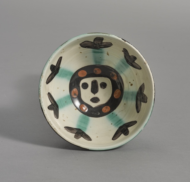Pablo Picasso, 'Visage (A. R. 290)', 1955, Other, Terre de faïence bowl, painted in colors and glazed, Sotheby's