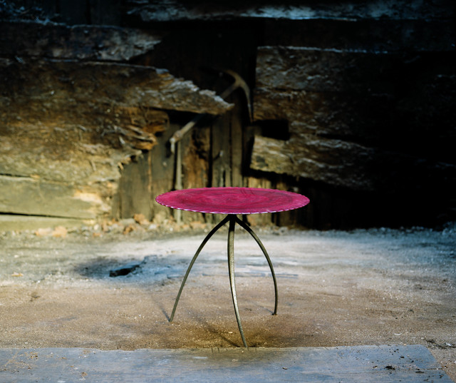 Nicolas Cesbron, 'Tripod table (round)', 2019, Design/Decorative Art, Bronze feet, plywood top, carved birch, red stained and varnished, Antonine Catzéflis