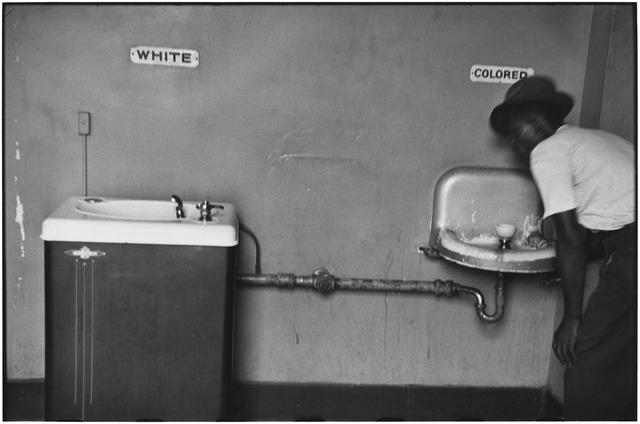 Elliott Erwitt, 'North Carolina, 1950', 1950, Huxley-Parlour