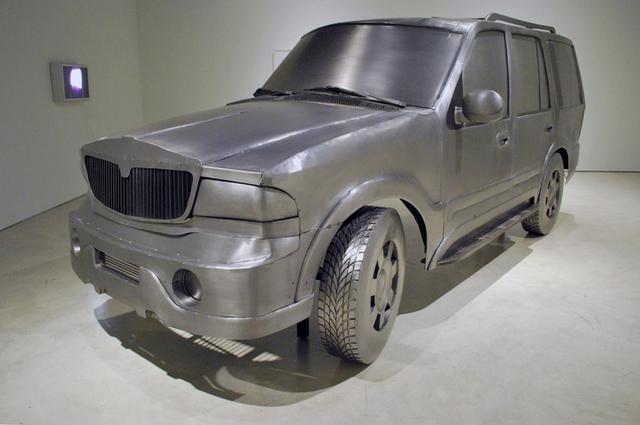 , 'SUV&,' 2008, Art Mûr